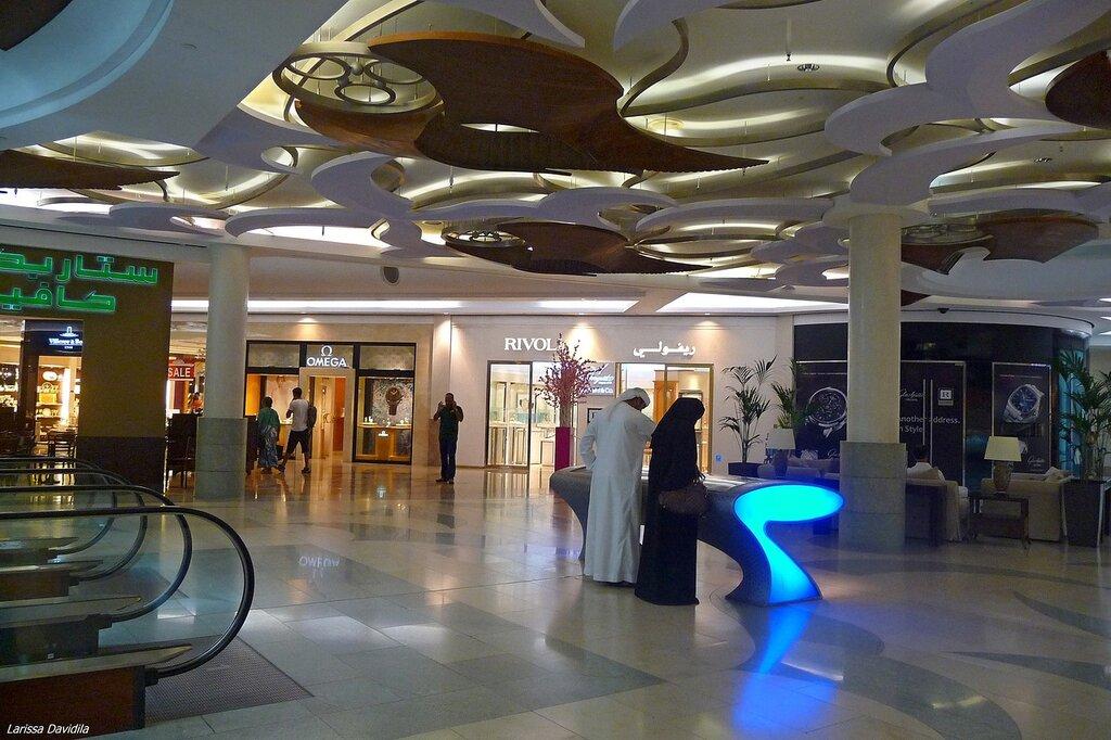 Торговый центр BurJuman (2).