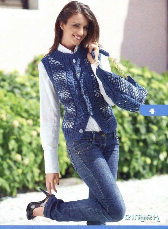 Изысканный и стильный вязаный трикотаж от итальянских дизайнеров.  15 ярких моделей, связанных на спицах: пальто...