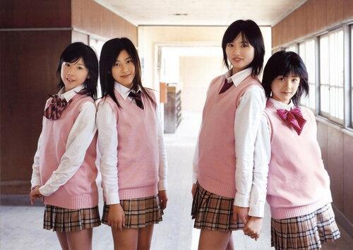 В японии за каждым классом