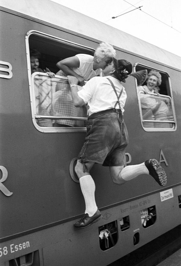 Max Scheler.Макс Шелер, баварский прощальный поцелуй, Рупольдинг, 1958,