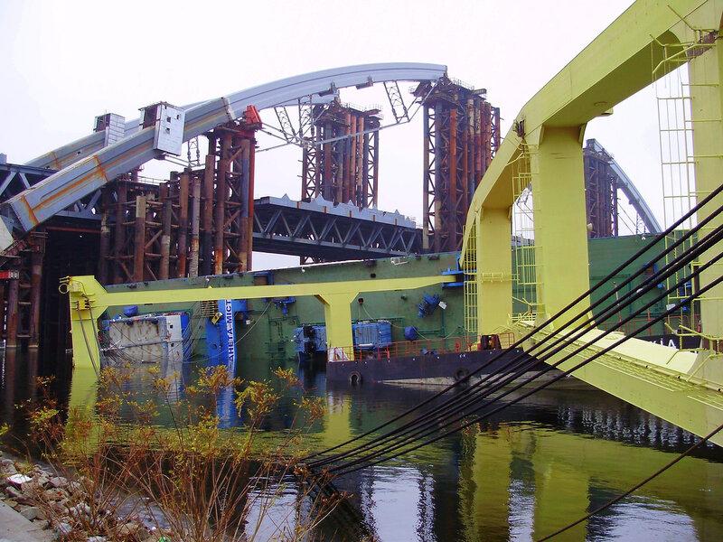 Кран Захарий упал - 19.11.2011