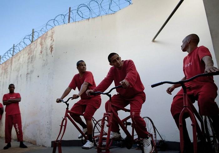 Необычные наказания для преступников