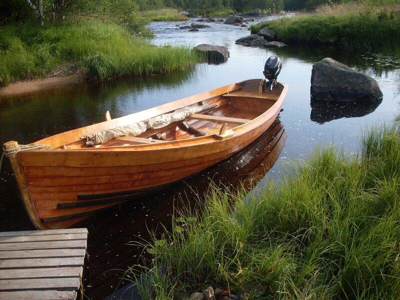 лес для строительства лодки