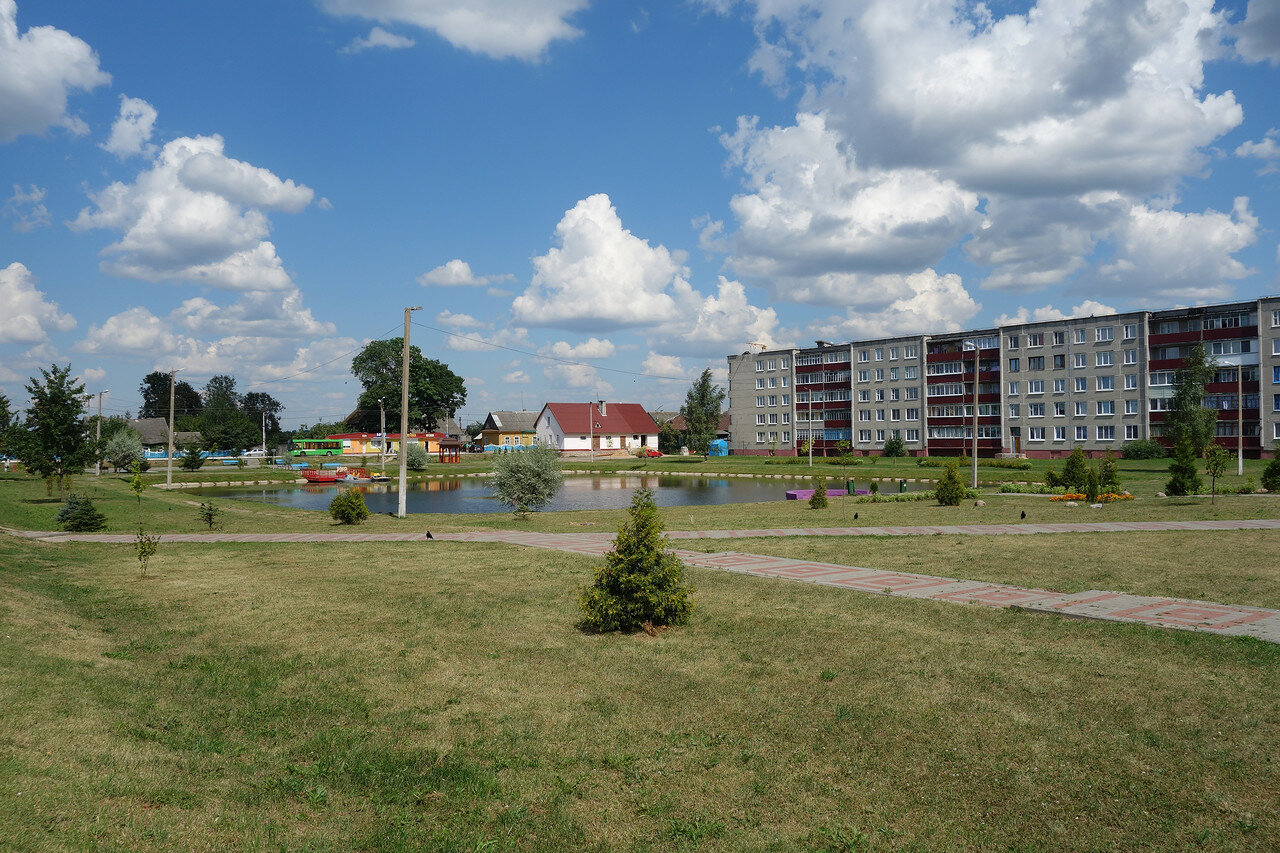 прудик и зона отдыха