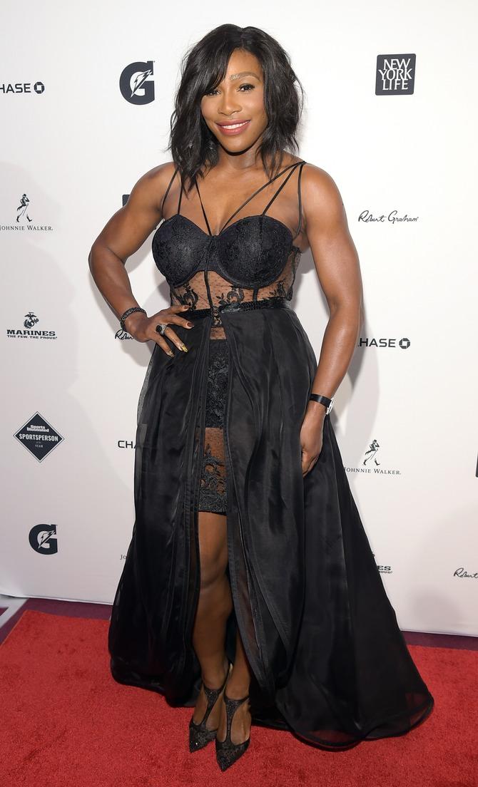 Серена Уильямс одела сексуальное платье