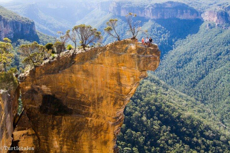 Висячая скала в центре австралийского штата Виктория