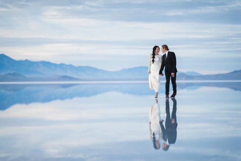 Молодожёны, гуляющие по воде. Красивая свадебная фотосессия 0 1cd5c6 5c1bd43 XL
