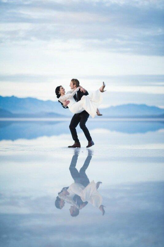 Молодожёны, гуляющие по воде. Красивая свадебная фотосессия 0 1cd5c8 6d4fb966 XL