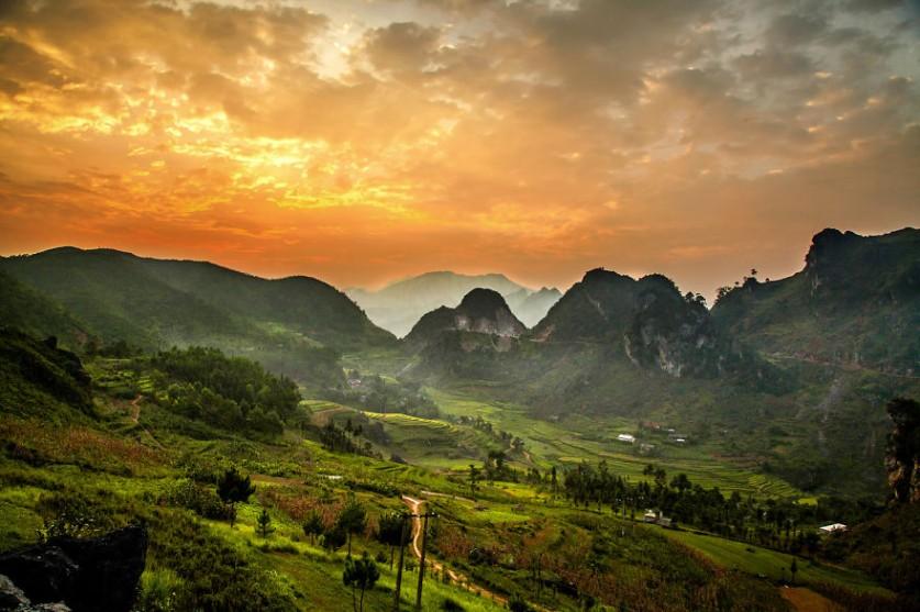 Вьетнам – страна контрастов. Фотограф Реан (Rehahn) (15 фото)