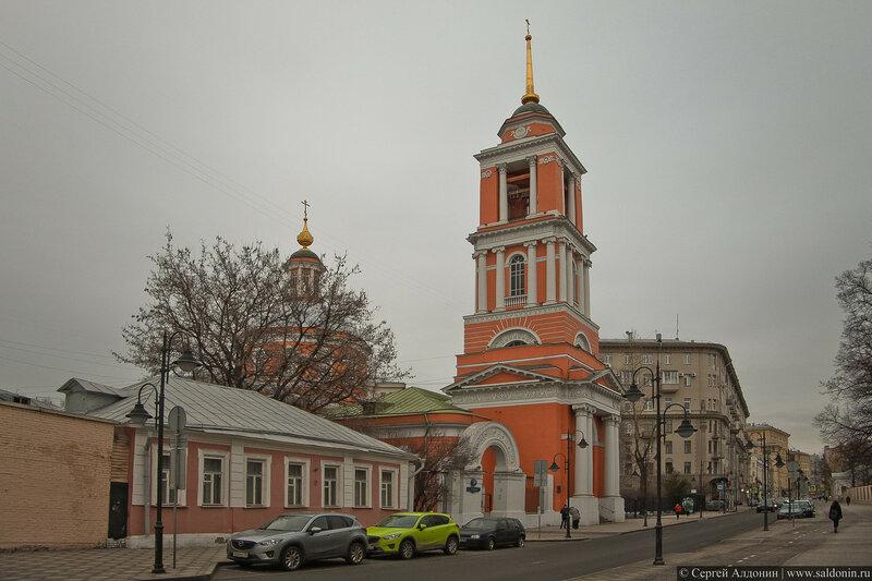 Храм Живоначальной Троицы в Вишняках