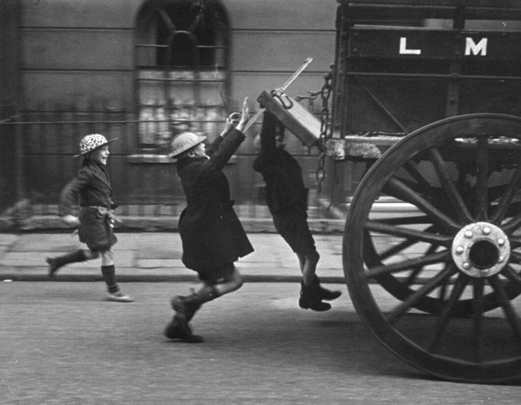 1941. Детская забава, Лондон