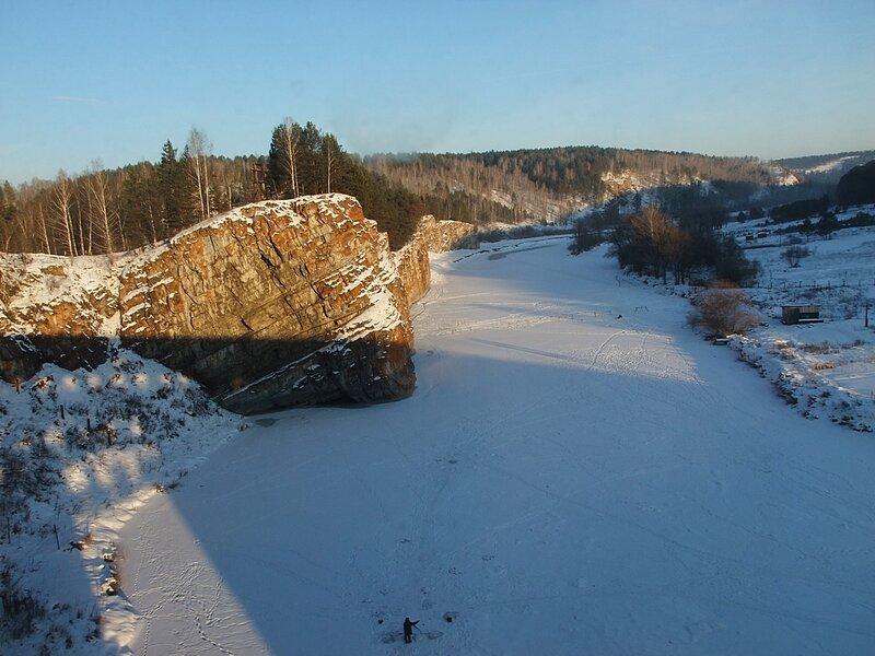 Южный Урал.Река Юрюзань. Из окна поезда.