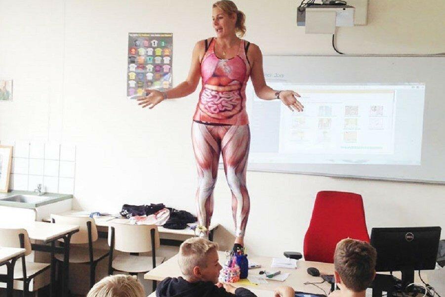 Смотреть онлайн преподавательница анатомии 12 фотография