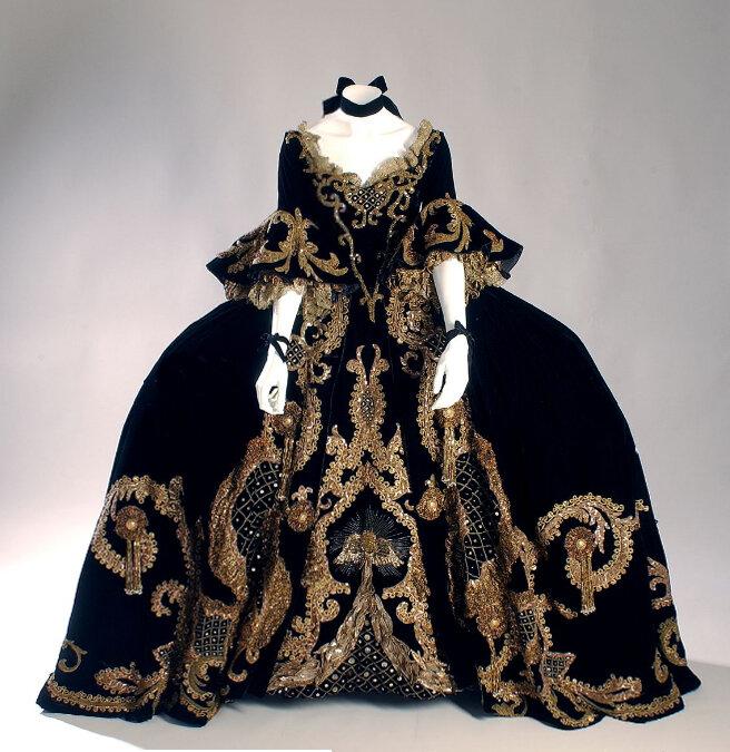Платье марии-антуанетты
