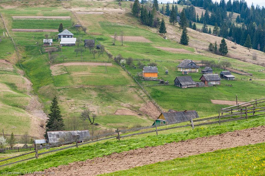 вид на горную деревню