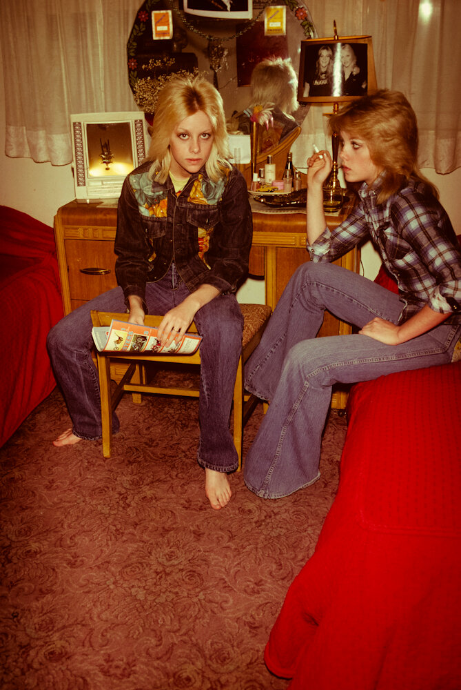 Cherie and Marie Currie's little beds in their bedroom in 1977