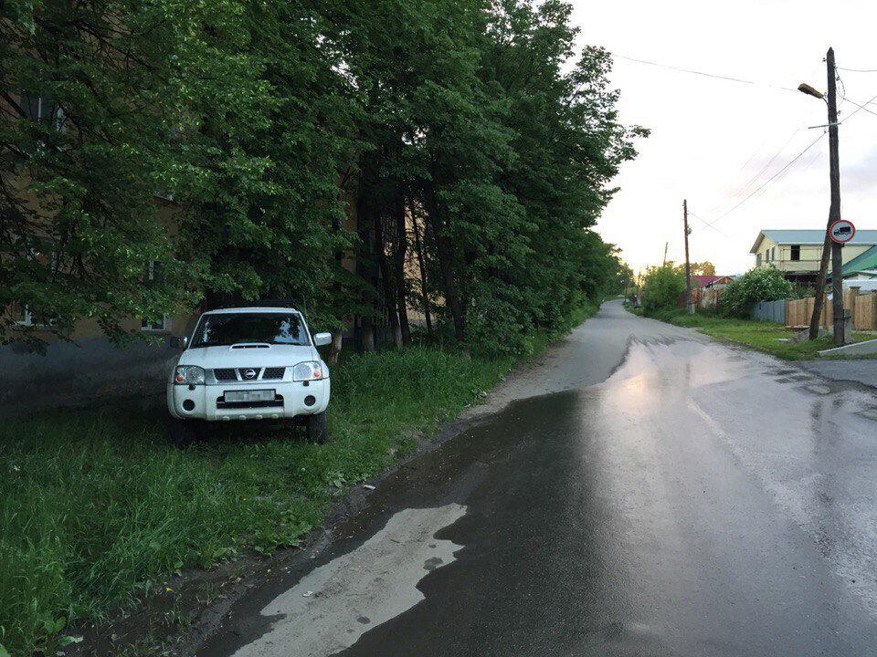 Парковка на газоне