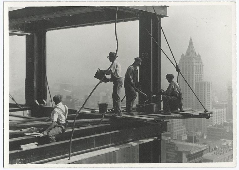 Как строились небоскребы в Нью-Йорке. Я в ахуе... 0_67176_4747d6e1_orig