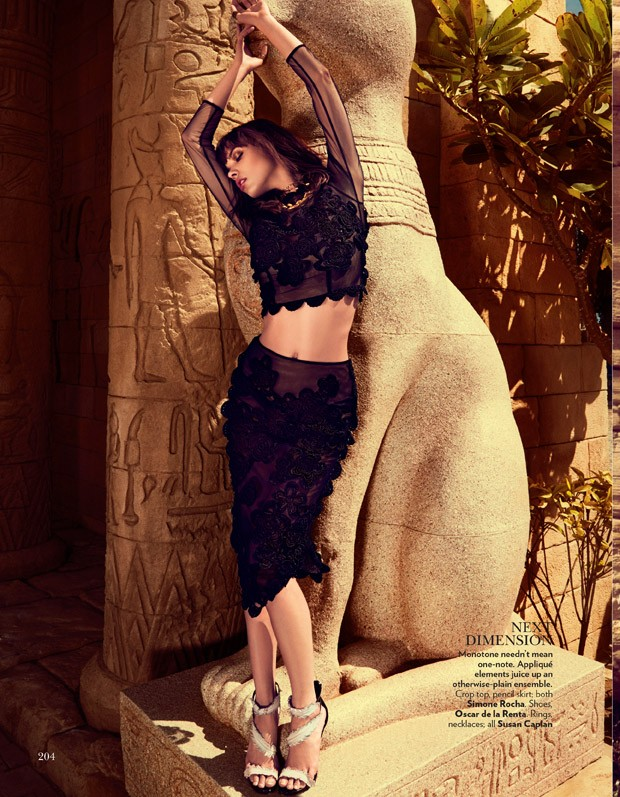 Eva-Doll-Eva-Doll-v-zhurnale-Vogue-India-9-foto