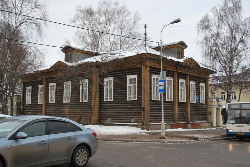 Череповецкий домик. Советский простект