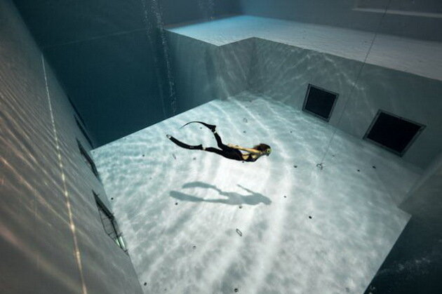 Бассейн Nemo 33. Брюссель, бельгия