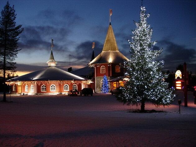 Деревня Санта-Клауса (Йоулупукки). Рованиеми, Финляндия