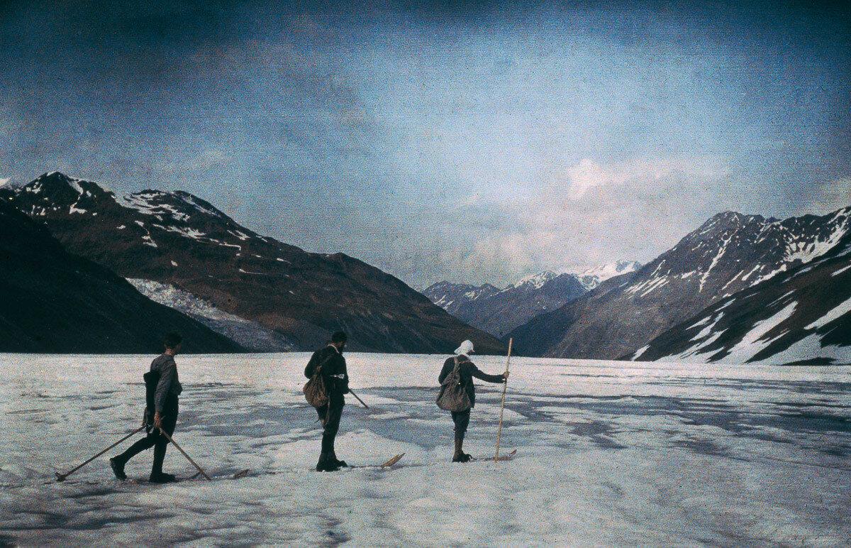 1912. Катание на лыжах по льду в Эцтале