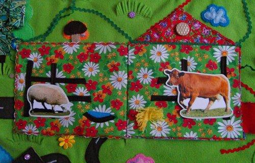 Развивающий коврик для детей Моулвиль... волшебный игровой домик!