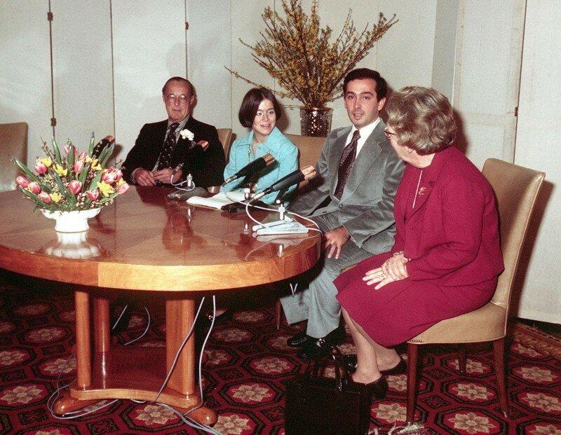 1975. Пресс-конференция в связи с помолвкой