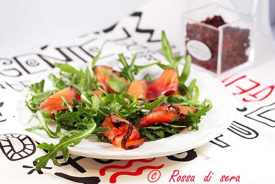 salmone alla vaniglia e al nero di seppia