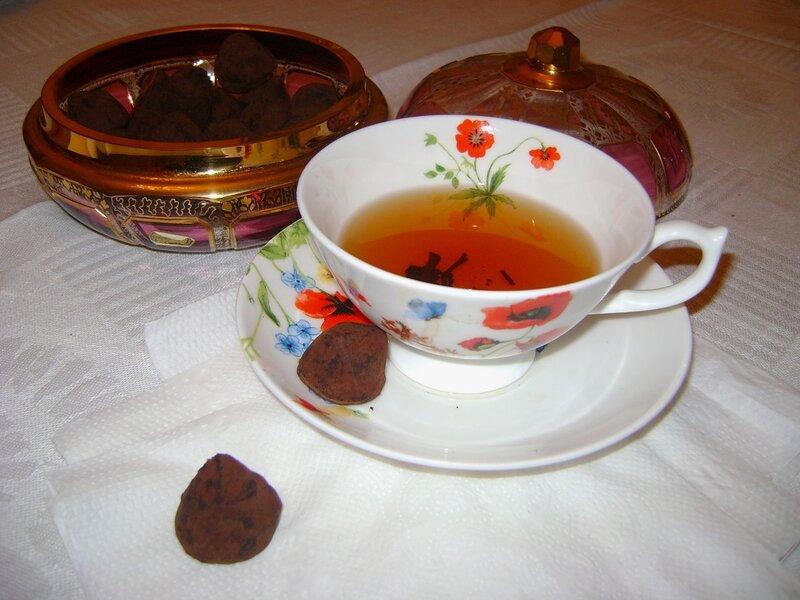Чай с трюфелями ручной работы.