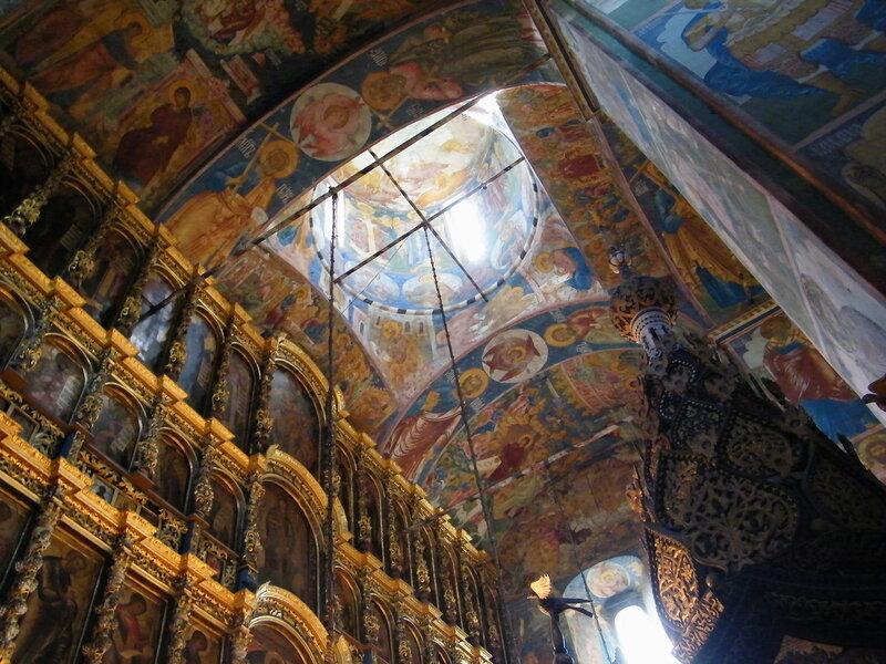 Интерьер церкви Ильи Пророка