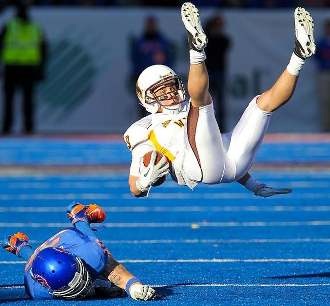 спортивный год 2011 - студенческий американский футбол, Boise State против Университета Вайоминга