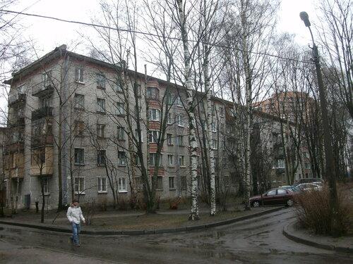 ул. Бутлерова 28