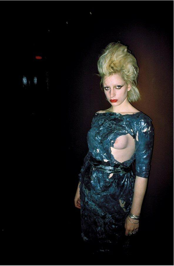 1983. Кристал, «Skin Two» Лондон