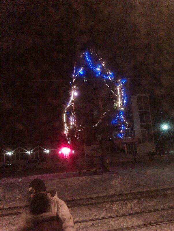 Новогоднее дерево на Красной горке