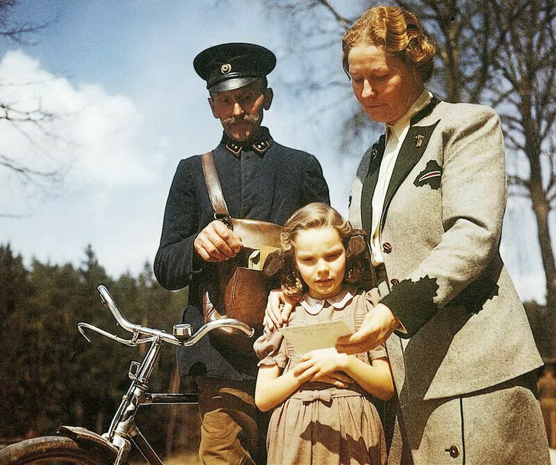 Edda Gering and her mother, Emmy Göring, receive a handwritten letter from Hermann Gering in his death cell at Nurnberg; September 26th, 1946.jpg