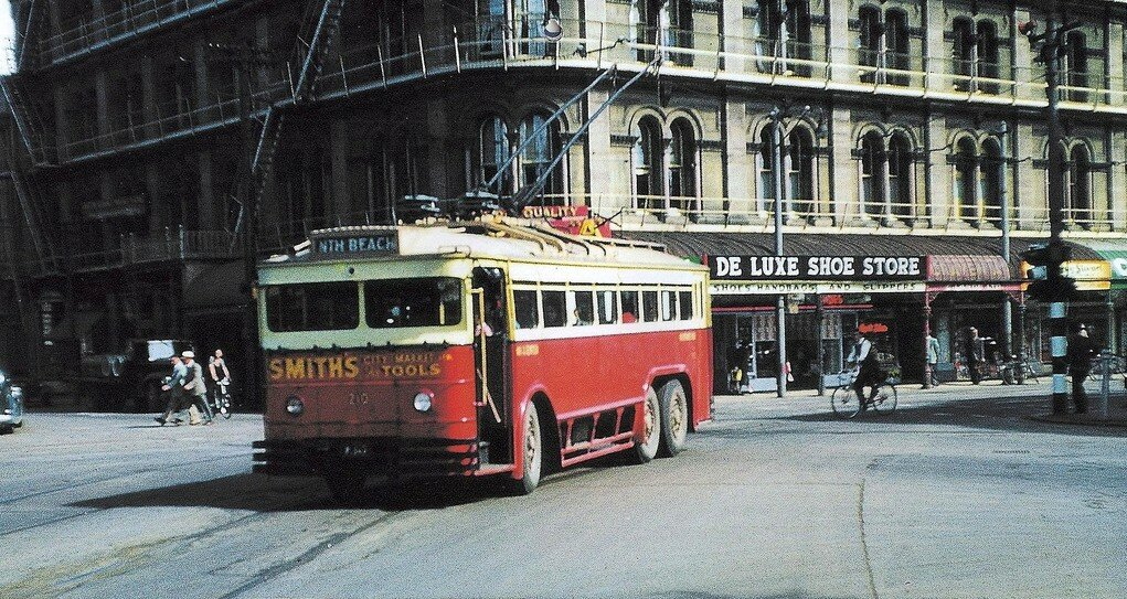 1955 Christchurch Trolleybus.jpg