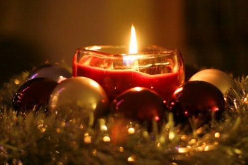 С Новым Годом и Рождеством! Поздравляем от души!