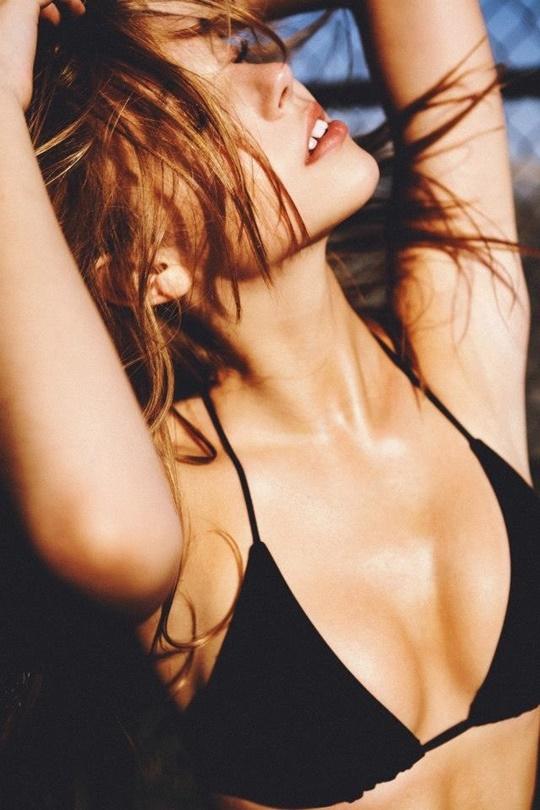 Красивые фотографии молодой модели Алексис Рен 0 142365 d486947e orig