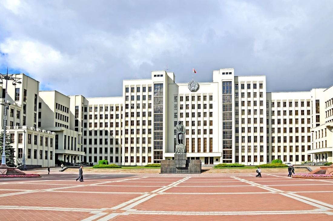13. Первое, чем привлекает к себе Беларусь, — это чистота. В Минске вы сможете насладиться старыми и