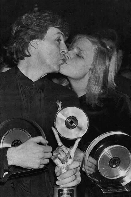 Paul Mccartney  Linda McCartney