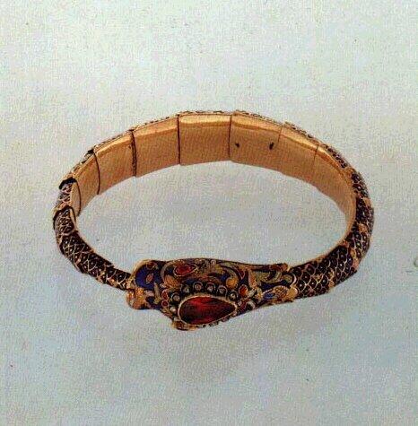 Золотые браслеты 19 века