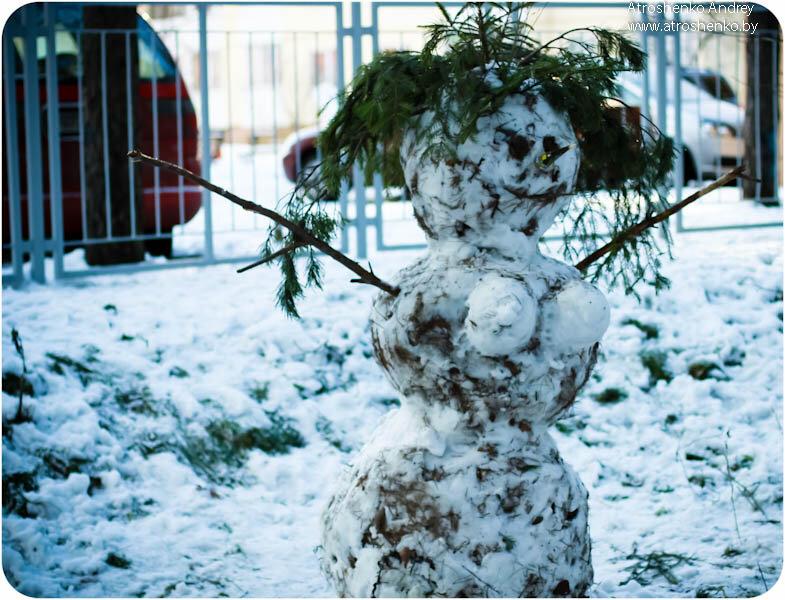 голая снежная баба