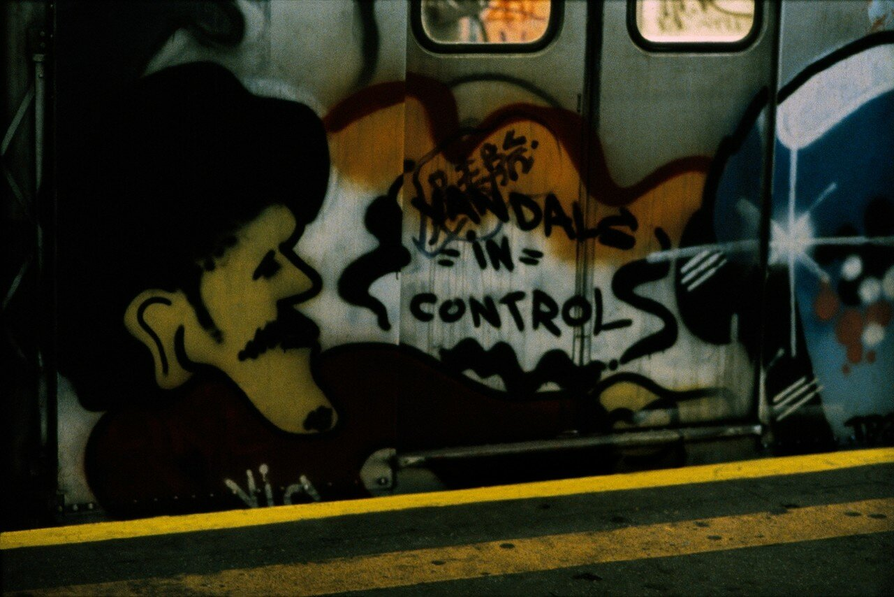 1983. Граффити в метрополитене