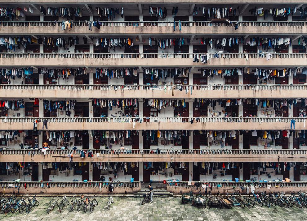 10. Первое место в категории «Города»: отражения. (Фото Takashi Nakagawa   National Geographic Trave