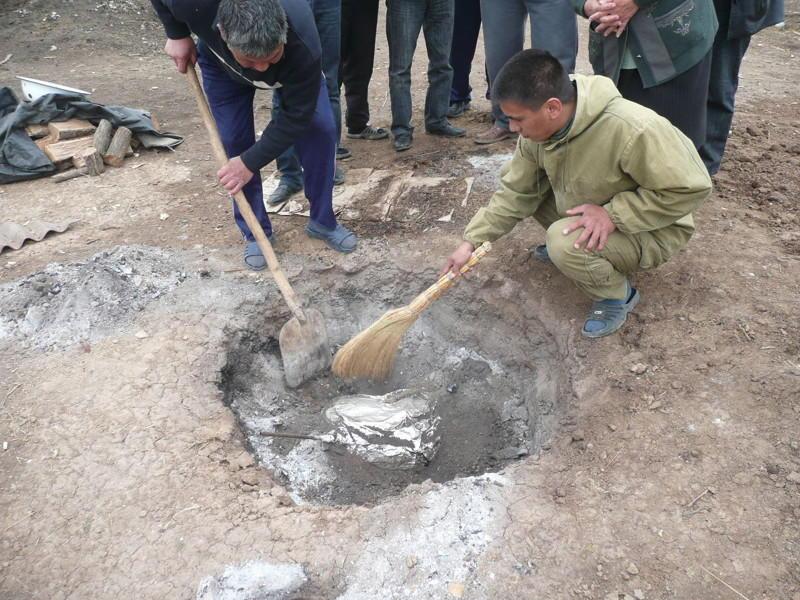 1. Республика Калмыкия – Кюр Это блюдо считается изобретением бедных пастухов, которые придумали пит