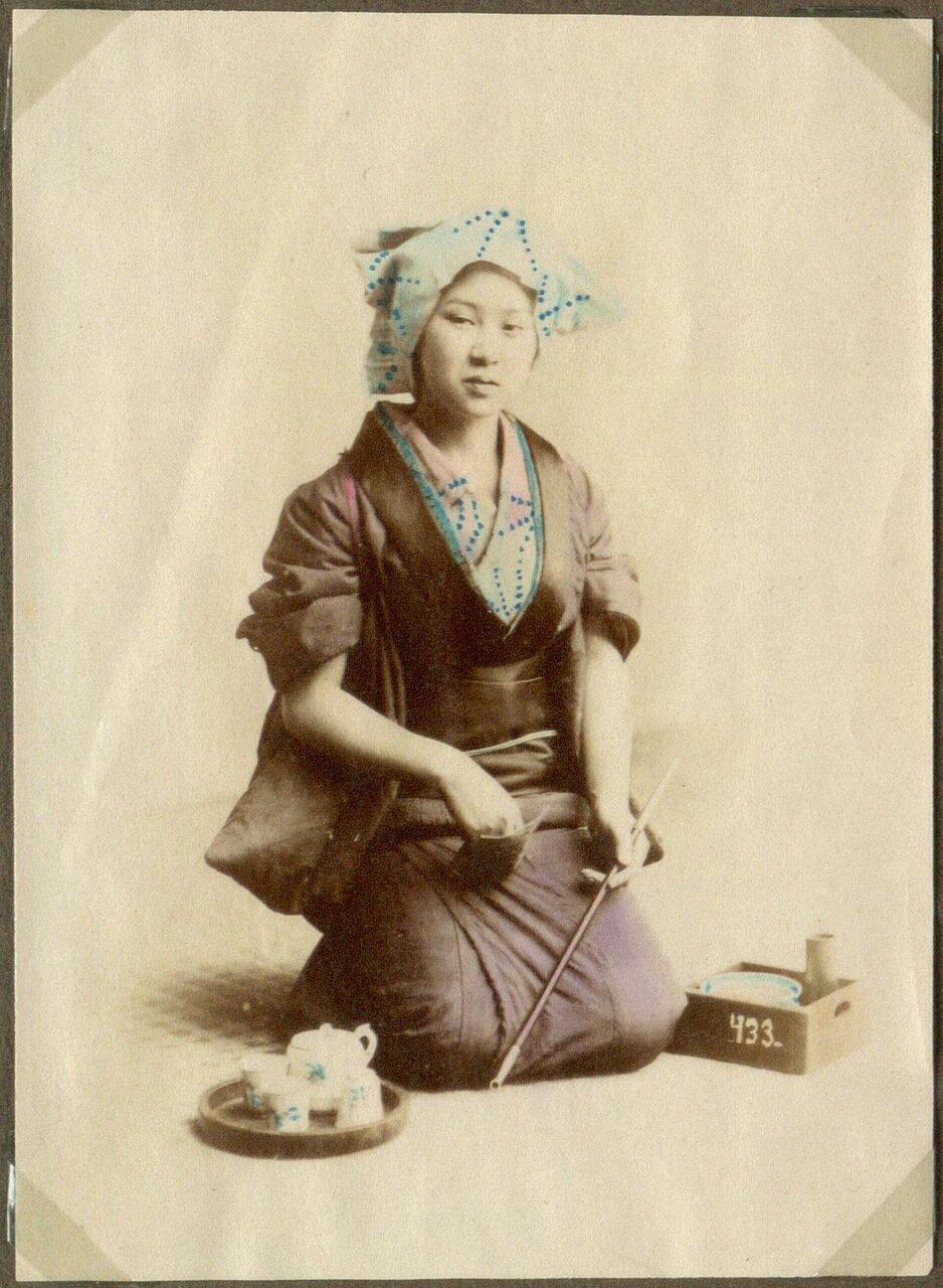 Женщина с опиумной трубкой