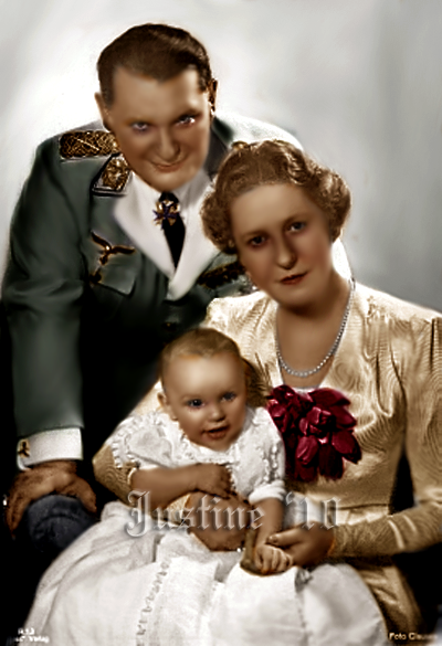 goering_and_his_family_by_alixofhesse.png