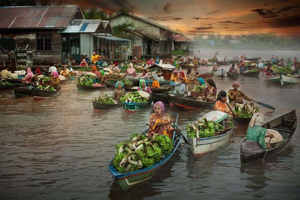 Плавучие рынки Индонезии